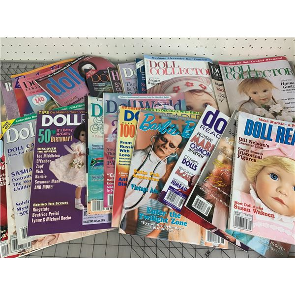 LOT OF DOLL AND RELATED MAGAZINES