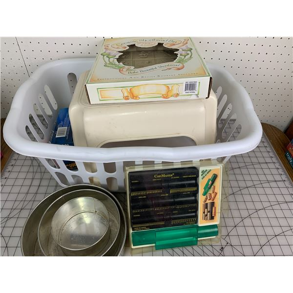 MISC LOT BASKET COIN SORTER SHORTBREAD PAN