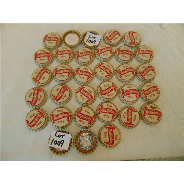 1009 32 VINTAGE RED RIBBON BEER UNUSED CORK BOTTLE CAPS