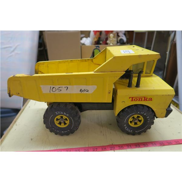 "Tonka Metal Rock Truck Toy - 19"""