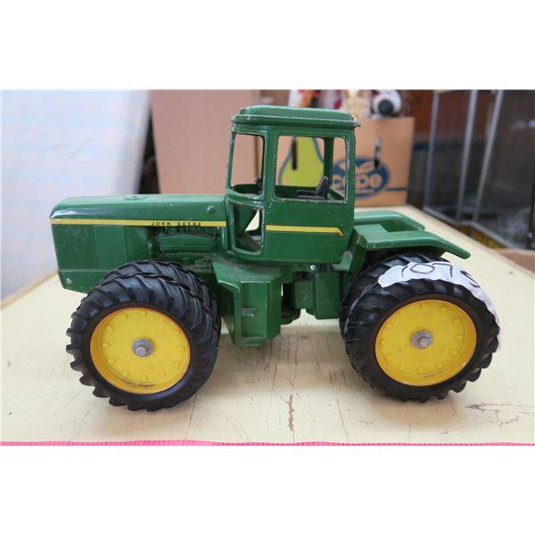 """John Deere Metal Toy Tractor - 14"""""""