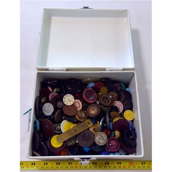 Tin Box with Vintage Buttons