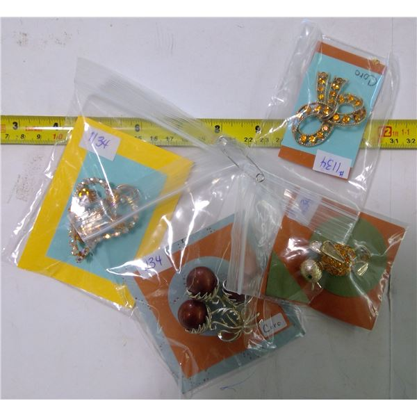 Lot of 4 Broaches