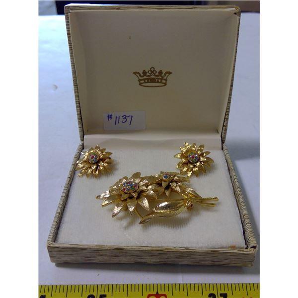 Floral Gold Tone & Rhinestone Broach & Clip Back Earrings