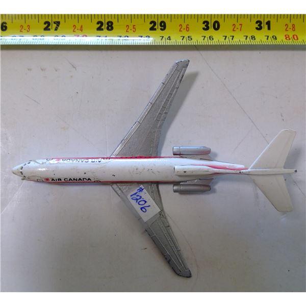 "Lintoy Boeing 727 Air Canada Metal Plane, Folding Landing Wheels 5"""