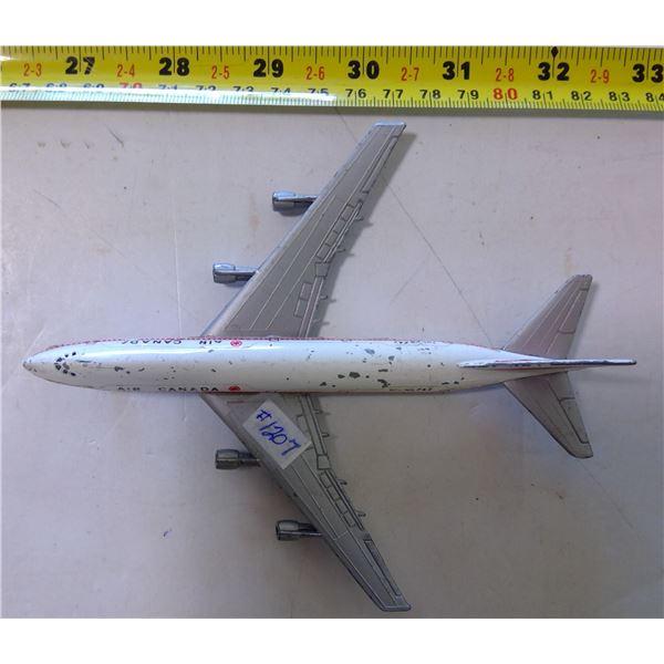 "Lintoy Boeing 747 Metal Plane, Folding Landing Wheels 6"""