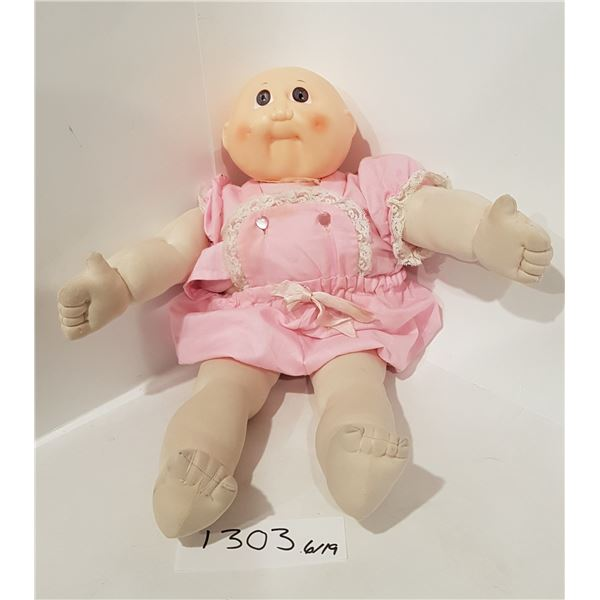 Weird Doll (Head looks like a Cabbage Patch Kid)