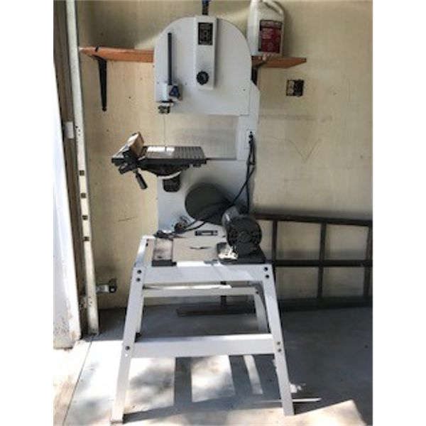 BAND SAW - GOOD WORKING CONDITION