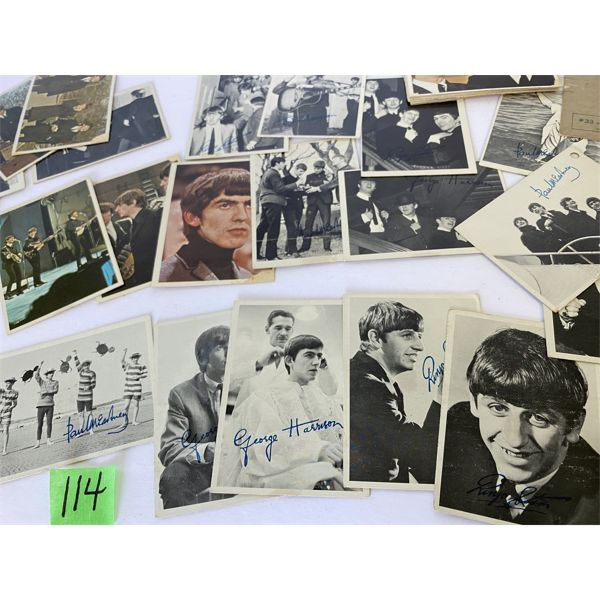 QTY OF AUTOGRAPHED 'THE BEATLES' COLLECTOR CARDS - NO DUPLICATES