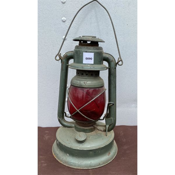 HURRICAN LANTERN WITH RED GLASS