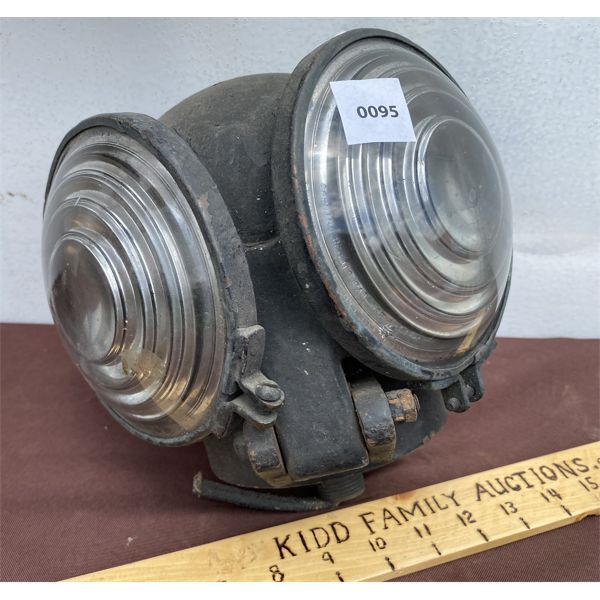 ANTIQUE ELECTRIC DOUBLE LENS DRIVING LAMP