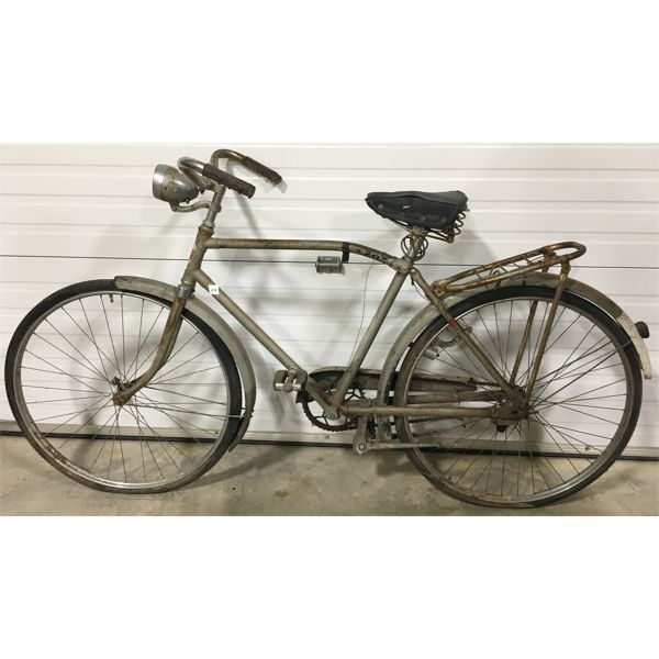 VINTAGE SIMPSON'S SUPREMACY BICYCLE; MADE IN ENGLAND
