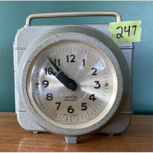 BENZING COMATIC - VINTAGE GERMAN PIGEON RACING CLOCK
