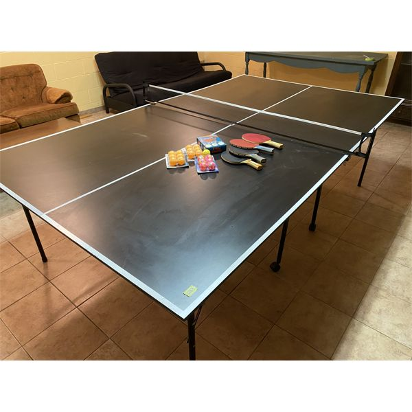 COOPER PING PONG TABLE W/ NET / PADDLES / BALLS