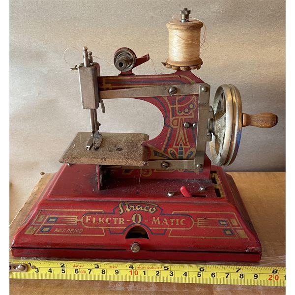 ANTIQUE GERMAN CHILD'S SEWING MACHINE