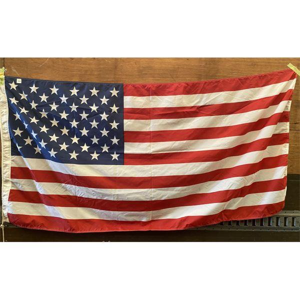 LOT OF 2 - 3 X 6 FT US FLAG & ONTARIO FLAG - SEE BOTH PICS