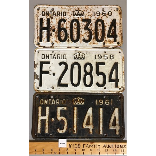 LOT OF 3 - 1958 / 60 / 61 ONTARIO LICENSE PLATES