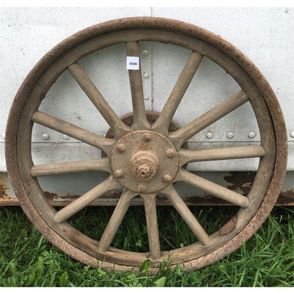 24 INCH WOOD SPOKED AUTOMOTIVE WHEEL