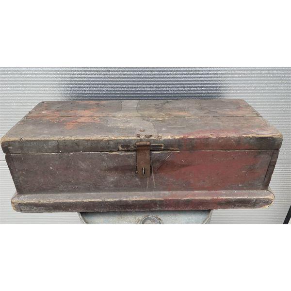 CARPENTERS BOX W/ CONTENTS