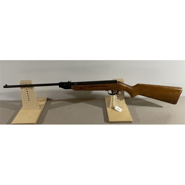 SLAVIA MODEL 618 IN .177 PELLET - NO PAL REQUIRED