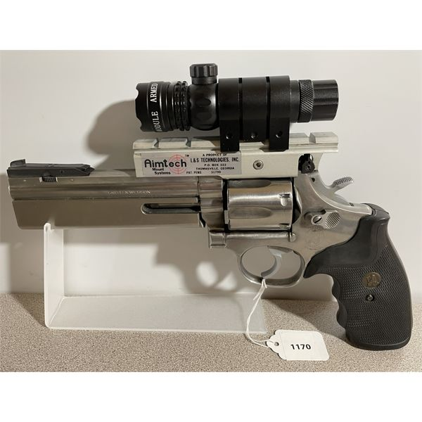 SMITH & WESSON MODEL 686-2 IN .357 MAG - RESTRICTED CLASS