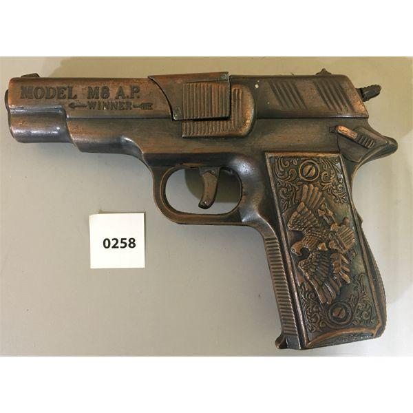 MODEL M8 AP WINNER TOY GUN