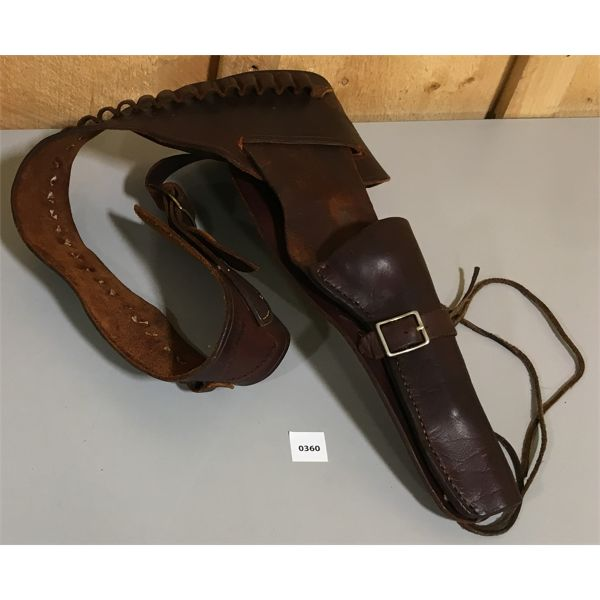 LEATHER AMMO BELT & HOLSTER - APPROX 40 INCH