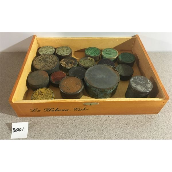 PRIMERS: APPROX. 1700 x PERCUSSION CAPS