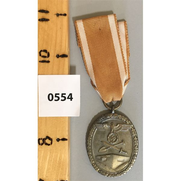 NAZI GERMANY MEDAL - THIRD REICH - 1939 WEST WALL MEDAL