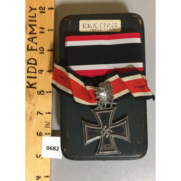 K.V.K CROSS 1941 1ST CLASS SERVICE MEDAL W/ RIBBON