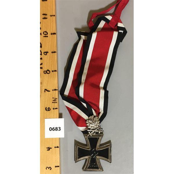 K.V.K CROSS 1941 SERVICE MEDAL W/ RIBBON