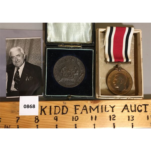 1915 FRETWORK COMPETITION AWARD & CONSTABILARY MEDAL W/ PHOTO