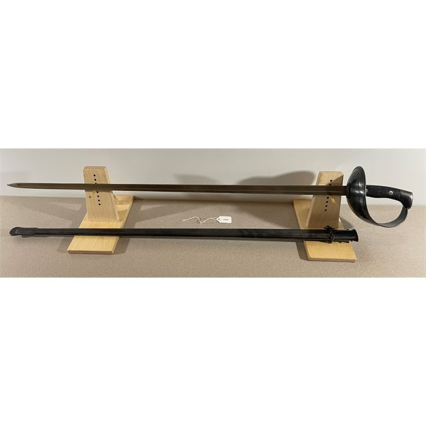 SPAIN - CAVALRY TROOPER'S SABRE MODEL 1907 W/ METAL SCABBARD