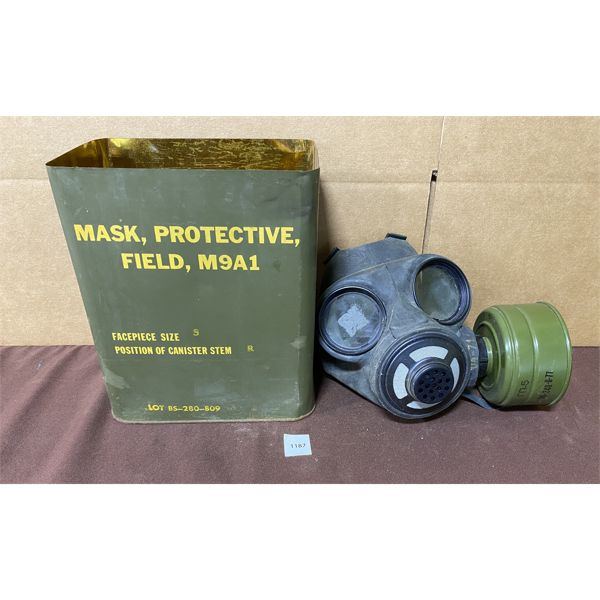 GAS MASK W/ CANISTER & CARRY CASE