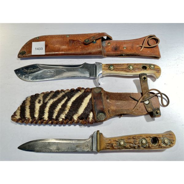 LOT OF 2 - 6 INCH PUMA 'WHITE HUNTER' & 4 INCH HUNTING KNIFE