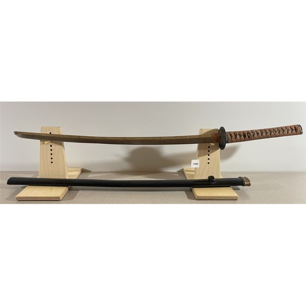 1650 JAPANESE KATANA SWORD W/ WOOD SCABBARD - 24.5 INCH BLADE