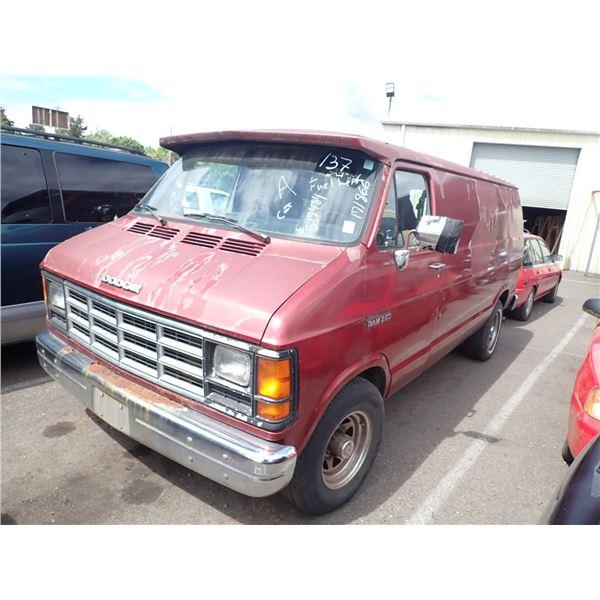 1993 Dodge Ram 1500 Van