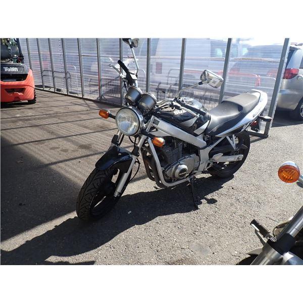 2002 Suzuki GS500