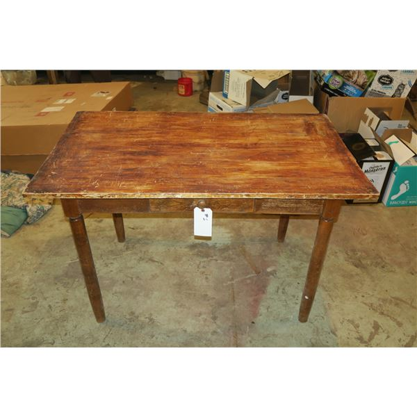 Vintage Table 29×48×30