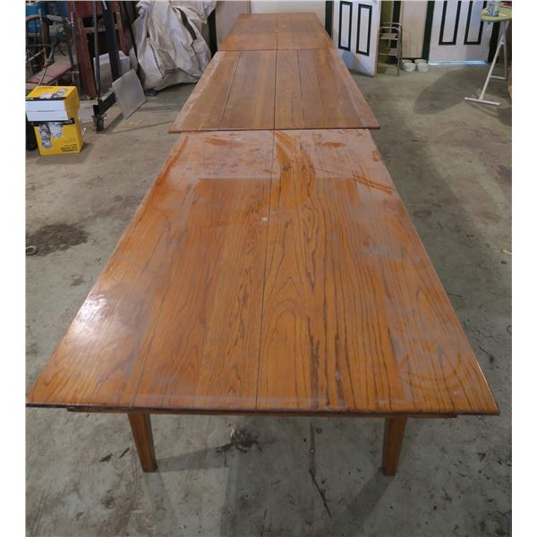 Tapered 4 Piece Table Set in Shape of Province of Saskatchewan