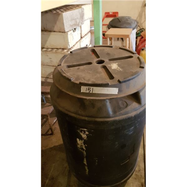 Barrel With Lid + Contents