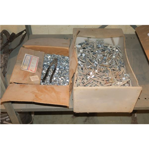 Lot of spring fasteners/crimping pieces