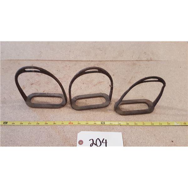 3 Metal Stirrups