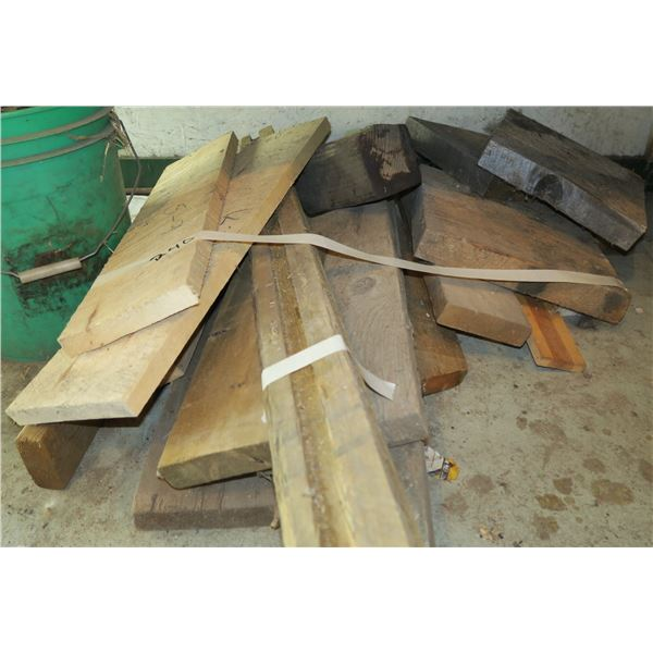 Lot scrap wood, various sizes