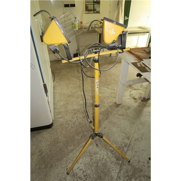 Work Lights on Stand (Adjustable height)