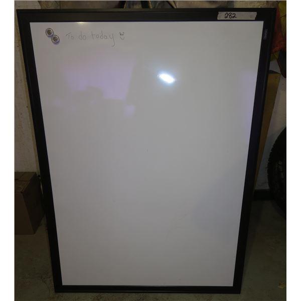 """Magnet Whiteboard 48""""×37"""""""