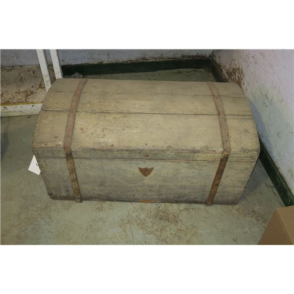 """Vintage Wooden Chest w/ Original Hardware 38""""×21""""×19"""""""