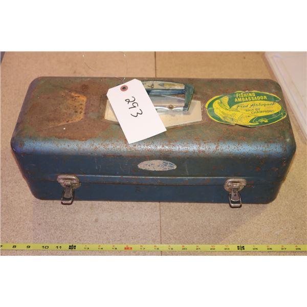 Vintage Tacklebox + Tackle