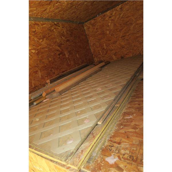 Lot Scrap Lumber/Various size plywood