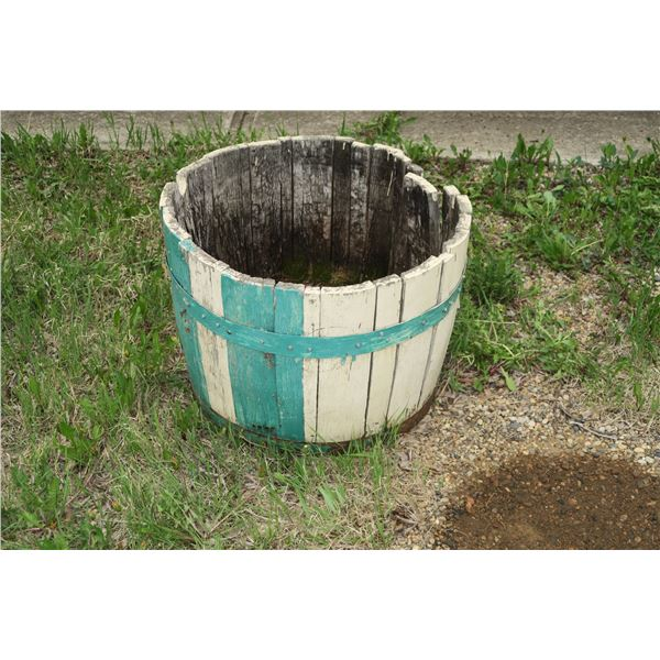 "Planter Barrel 25"" diameter"